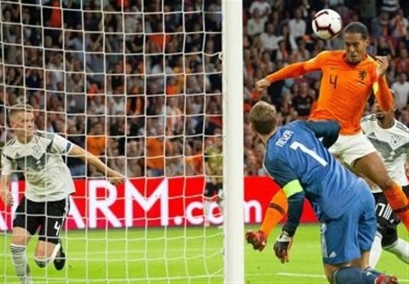 فوتبال دنیا، برتری قاطعانه خانگی هلند مقابل آلمان
