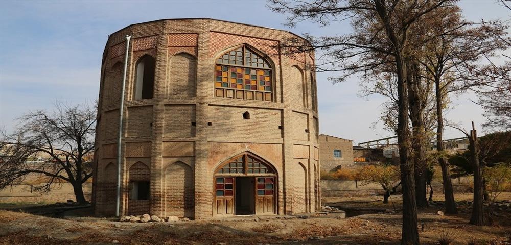 تکمیل مرمت برج خلعت پوشان تبریز در سال 98