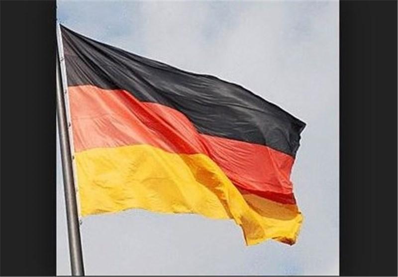 جدایی سیاسی در غرب و شرق آلمان، وضعیت متفاوت احزاب افراطی و دموکرات مسیحی در ایالات غربی و شرقی