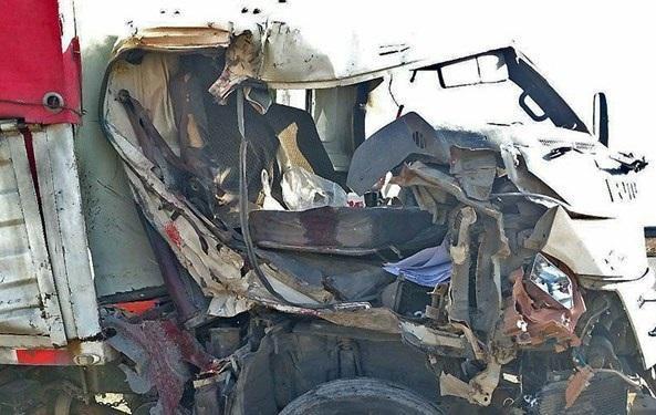 تصادف مرگبار دو خودروی سنگین در بزرگراه شهید شوشتری مشهد