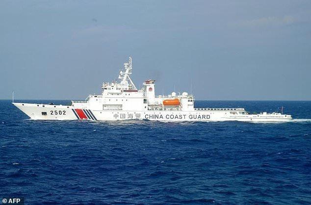 گشت زنی کشتی های نظامی چین در نزدیک جزایر مورد مناقشه با ژاپن