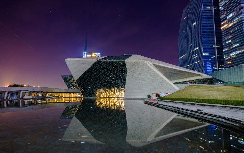 خانه اپرای گوانجو جاذبه ای در کشور چین