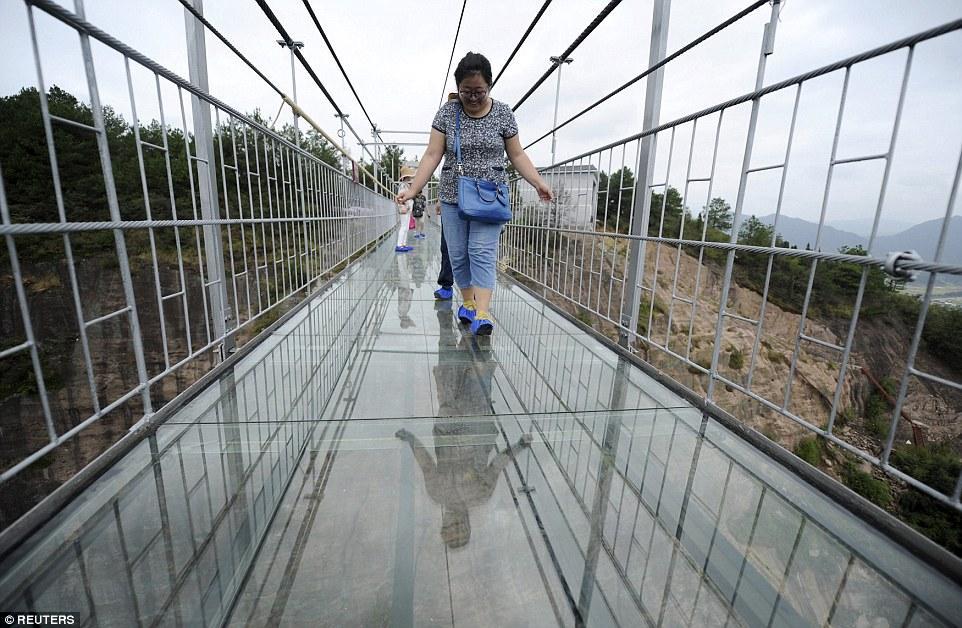 پل اسکای واک در چین