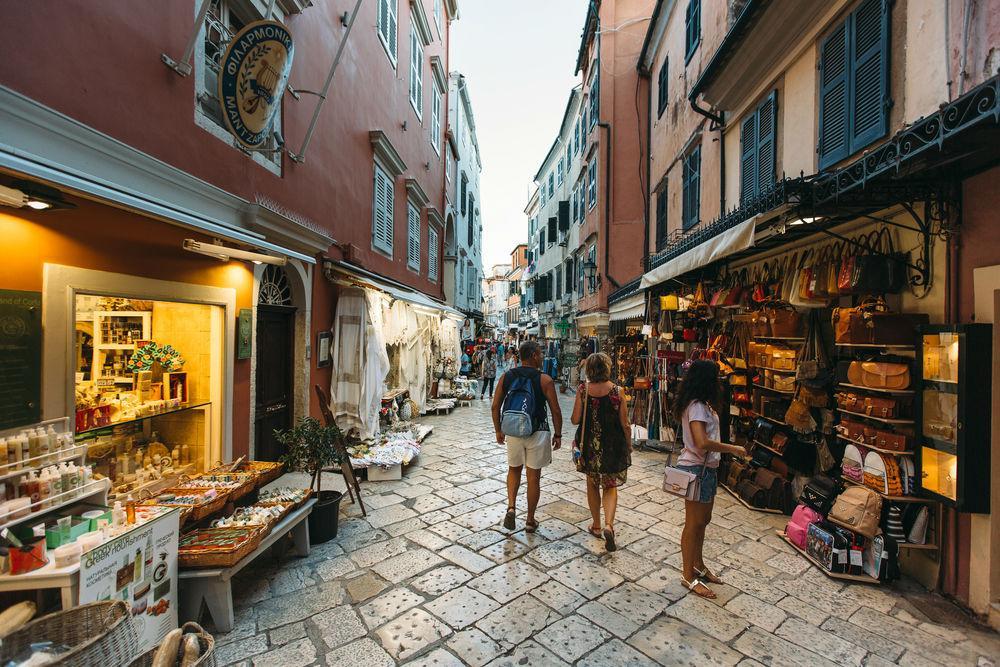 آشنایی با جاذبه های یونان