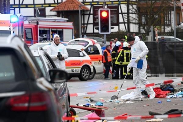 زیرگیری با خودرو در آلمان 52 مجروح بر جا گذاشت