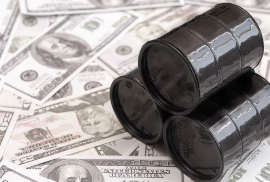 خبرنگاران کاخ سفید خواهان توافق مسکو و ریاض برای کاهش فراوری نفت است