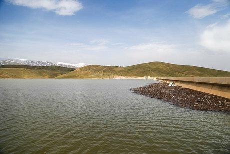 آبگیری سد ورقه شهرستان چاراویماق جهت تامین آب اراضی پایاب سد