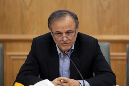 رزم حسینی: 4 میلیون تن کالا در بنادر کشور موجود است ، نوسان قیمت 60 قلم کالای اساسی