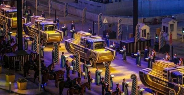 رژه فراعنه در خیابان های قاهره