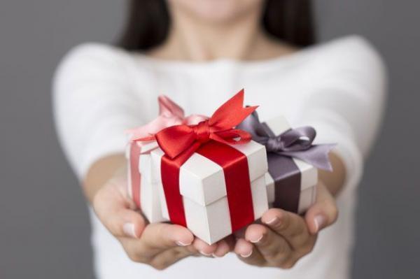 چطور می توانم از خارج ایران برای دوستان و عزیزانم هدیه بفرستم؟
