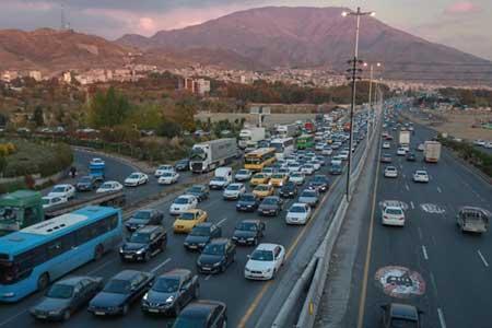 ثبت بیشترین تردد جاده ای بین ساعات 18 تا 19 ، هشت جاده مسدود است