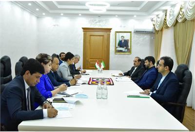 در ملاقات عبدالملکی با وزیر محنت تاجیکستان تاکید شد: تبادل نیروی کار ماهر و متخصص بین دو کشور